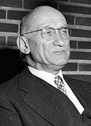 Robert-Schuman-1953 (rognée).jpg