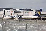 Ryanair Boeing 737 EI-EGD (29348375350).jpg