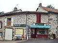 Saint-Chamant-FR-15-épicerie-1.jpg