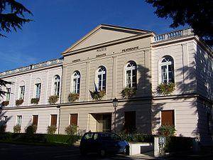 Saint-Nom-la-Bretèche - Town hall