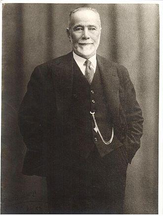 Salim Ali Salam - Portrait picture of Salim Ali Salam