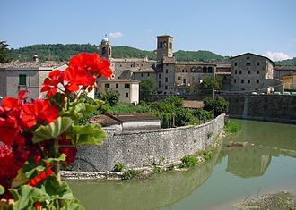 Sant'Angelo in Vado - View of Sant'Angelo in Vado and Metauro river