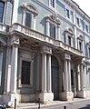 Sant'alessandro (brescia) portale laterale.jpg