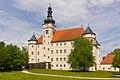 Schloss Hartheim, Westseite.jpg