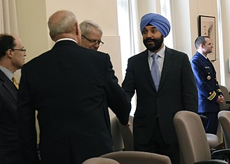 Navdeep Bains - Bains meeting with John F. Kelly, the United States Secretary of Homeland Security, in March 2017