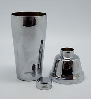 Cocktail shaker Device used to mix beverages