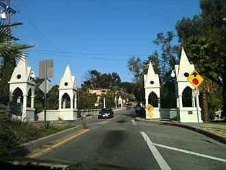 Los Feliz, Los Angeles - Shakespeare Bridge over the Franklin Hills in the Los Feliz district