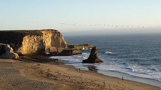 Davenport, California - Image: Shark Tooth Rock & Davenport Beach