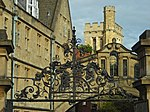 Sheldonian Theatre gate.jpg