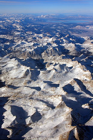 """The Sierra's <a href=""""http://search.lycos.com/web/?_z=0&q=%22Mills%20Creek%22"""">Mills Creek</a> cirque (center) is on the west side of the <a href=""""http://search.lycos.com/web/?_z=0&q=%22Sierra%20Crest%22"""">Sierra Crest</a>, south of <a href=""""http://search.lycos.com/web/?_z=0&q=%22Mono%20Lake%22"""">Mono Lake</a> (top, blue)."""