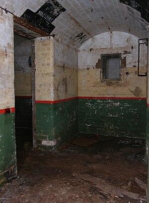 Signal Hill Battery - Image: Signal hill bunker underground watsons bay