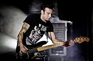 Simon Gallup British musician