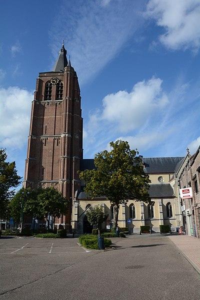 Sint-Trudokerk, Peer van Armand Preud'hommeplein