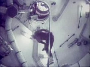 File:Skylab astronauts have fun.ogv