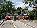 Smyčka Špejchar, manipulující tramvaje před odjezdem.jpg