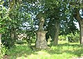 Socha svatého Jana Nepomuckého poblíž domu 714 ve Starých Křečanech (Q104983695) 01.jpg