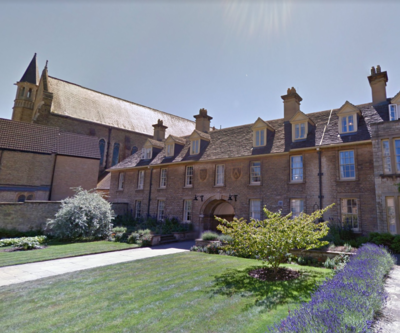 Somerville College, University of Oxford Somerville College Darbishire quad 2.png