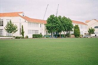 St Peter's College, Auckland - St Peter's College, Auckland - Original Buildings built 1939-1944 (centre right) (Photograph 2009)