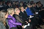 Stadtkulturpreis Hannover 2013 (118) Persönlichkeiten in den ersten Reihen vor der Bühne.jpg