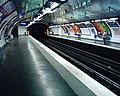 Station Marcadet Poissonniers Ligne 4 - Quais 26-03-05.jpg