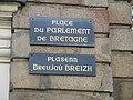 Street signs in Rennes.jpg