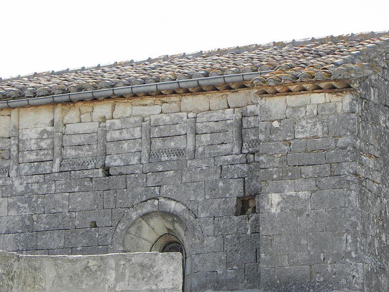 Église Saint-Martin de Sussargues (34). Flanc sud.