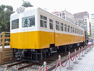 https://upload.wikimedia.org/wikipedia/commons/thumb/1/1c/Taiwan_Railways_Administration_LDR2201_20120520.jpg/320px-Taiwan_Railways_Administration_LDR2201_20120520.jpg
