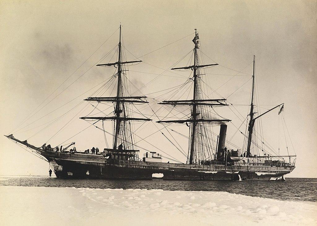 Terra Nova ship by Herbert Ponting, 1911