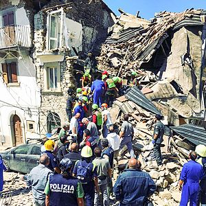 August 2016 Central Italy earthquake - Rescuers during an operation in Amatrice.