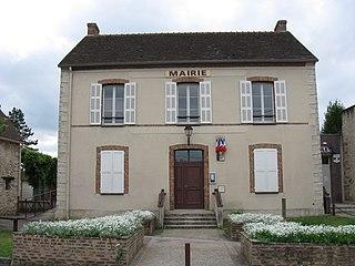 Thénisy Commune in Île-de-France, France