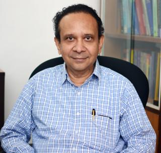 Thanu Padmanabhan Indian scientist