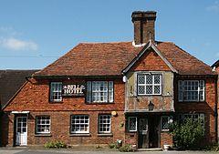 La Bell Pub en Ticehurst.jpg