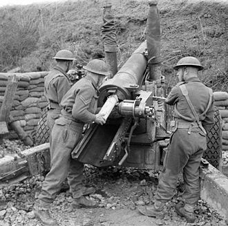 Pembroke Yeomanry - 102nd Medium Regiment (Pembroke Yeomanry), with 5.5-inch Howitzer, Italy 1944 (IWM NA12381)