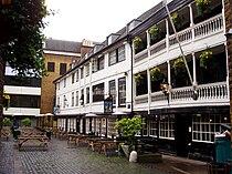 The George Inn 1.jpg