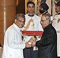 The President, Shri Pranab Mukherjee presenting the Padma Vibhushan Award to Dr. Dharmasthala Veerendra Heggade, at a Civil Investiture Ceremony, at Rashtrapati Bhavan, in New Delhi on April 08, 2015.jpg