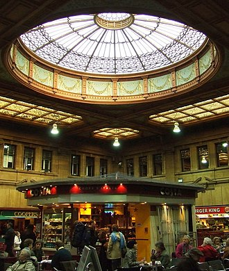 Edinburgh Waverley railway station - The booking hall at Waverley station, prior to restoration