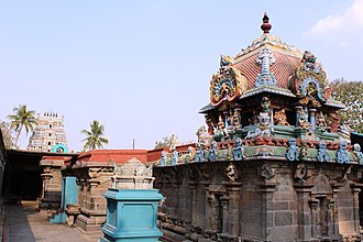 Bhaktajaneswarar temple - The main shrines of the temple