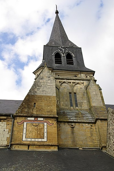 File:Thury-Harcourt clocher église 01.JPG