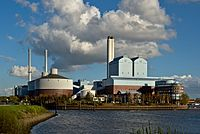 Tiefstack district heating station.jpg