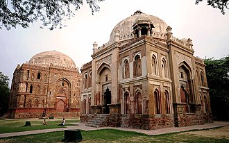 Kotla Mubarakpur Complex - Tombs of Bade Khan and Chote Khan
