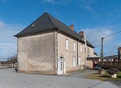Town hall of Saint-Leger-Magnazeix (3).jpg