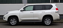 Toyota Land Cruiser 3.0 D-4D Life (J15) – Seitenansicht, 17. März 2012, Ratingen.jpg