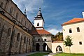 Trebic, Schloss und Basilika St. Prokop (26943213169).jpg
