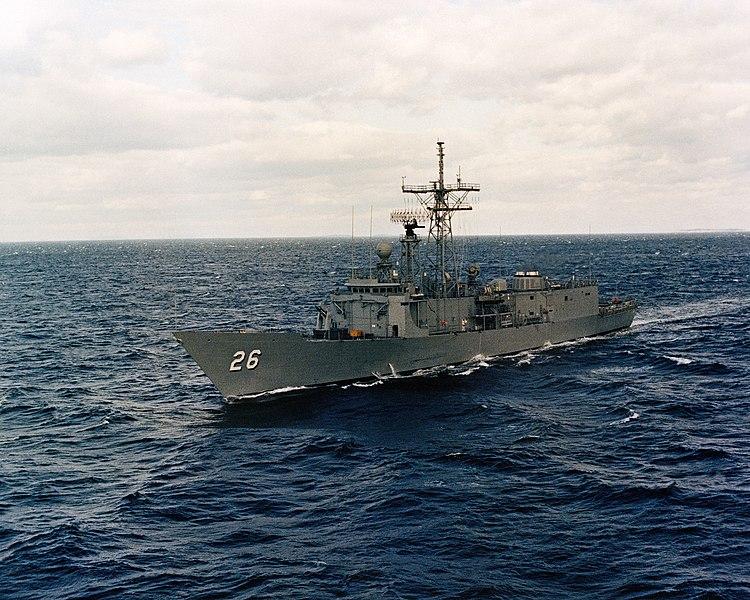 الميزان العسكري البحري بين اسرائيل و العرب. _حصري_ 750px-USS_Gallery_FFG-26