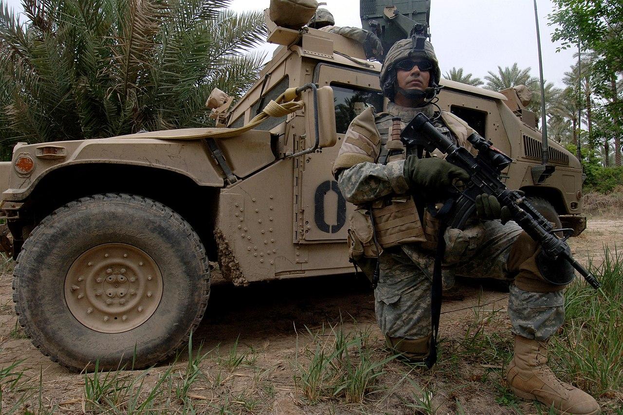 File Us Navy 060328 N 6901l 118 U S Army Spc Osvaldo