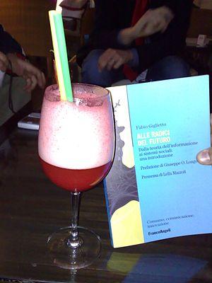Rossini (cocktail) - Image: Un Rossini, grazie (467053126)