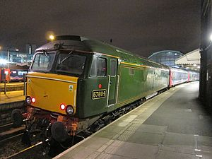 Unit 57604 at London Paddington station pulling the Night Riviera sleeper train in 2011.jpg