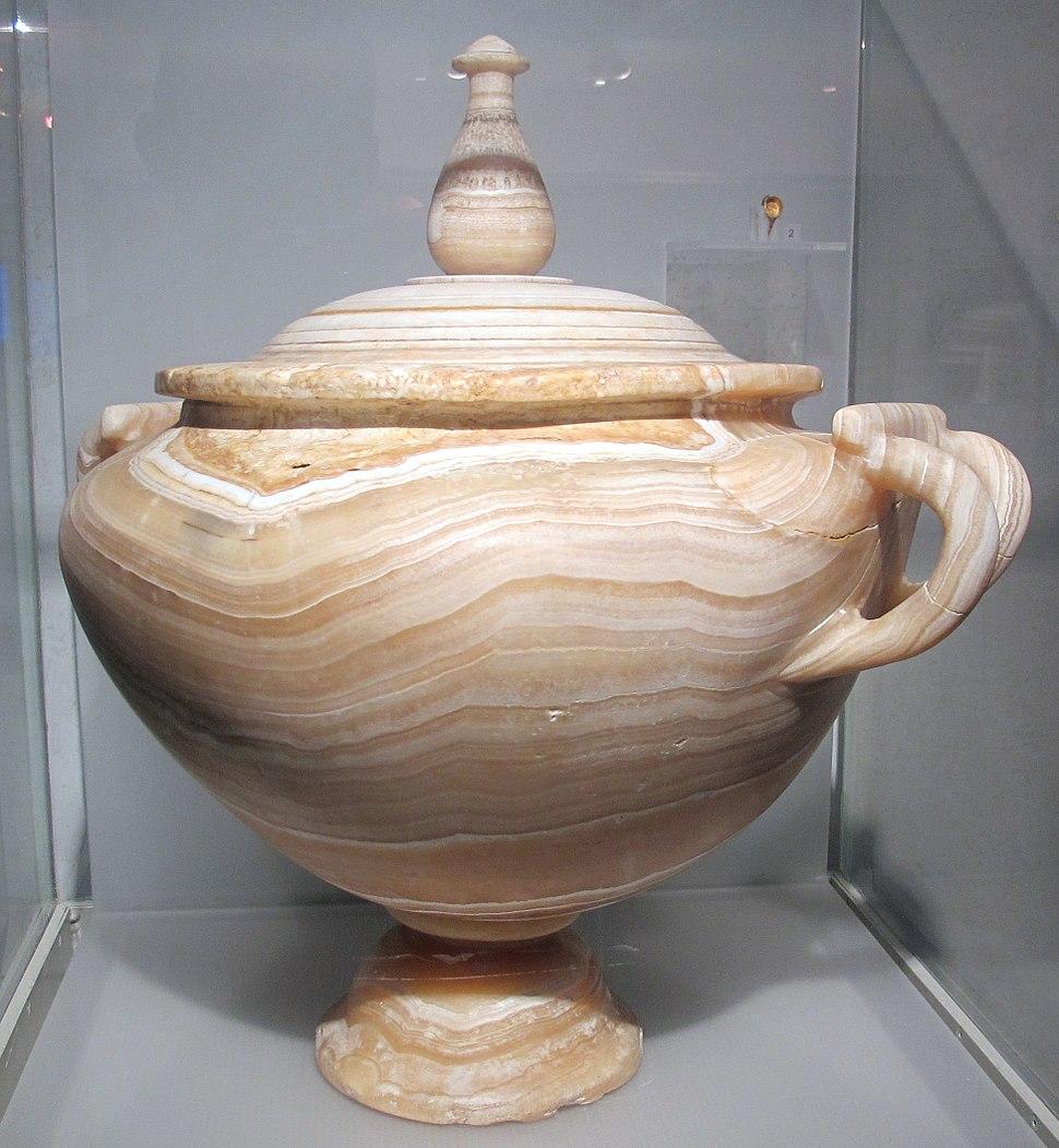 Urna cineraria in alabastro da abbazia delle tre fontane (via laurentina), 0-50 dc ca.
