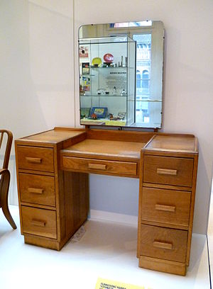 Gordon Russell (designer) - A dressing table designed by the Utility Design Panel c. 1943. Made by Heal & Son, 1947. Oak.