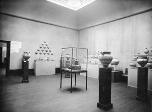 Utställning på Liljevalchs Konsthall 1933. L.C. rummet. Stockholm. utställning. Sverige - SMVK - C05054.tif
